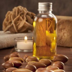 bigstock-Seeds-Of-Argan-With-Light-And-42967057-2-319x480